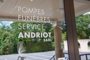 Service de pompes funèbres, Andriot, vendée